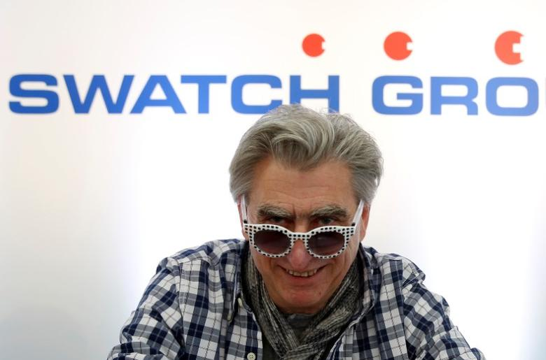 FILE PHOTO: Swatch Group Chief Executive Officer Nick Hayek wears sunglasses during the Swiss watchmaker's annual news conference in Biel, Switzerland March 10, 2016. REUTERS/Ruben Sprich/File Photo