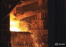 Imagen de archivo de una fundición de Gerdau Steel en Rancho Cucamonga, California, EEUU. 30 julio 2013. La siderúrgica brasileña Gerdau SA explora una asociación estratégica o la venta de sus operaciones en Chile, publicó el sábado el diario chileno La Tercera. REUTERS/David McNew