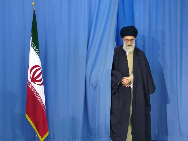 FILE PHOTO: Supreme Leader Ayatollah Ali Khamenei arrives to cast his ballot in Iran's Parliamentary election in Tehran, Iran, March 14, 2008.  REUTERS/Caren Firouz/File Photo