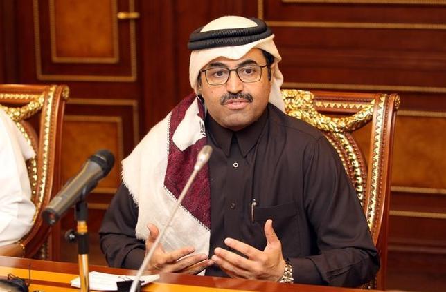 2月8日、カタールのサダ・エネルギー相は、原油価格の回復を受けてシェールオイル生産が増加する可能性があるものの、世界の石油需要は引き続き健全であり、市場は増産分に対応することができるとの認識を示した。ドーハで撮影(2017年 ロイター/Naseem Zeitoon)