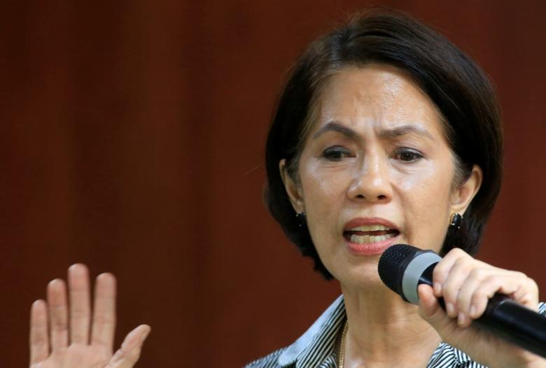 Philippines' Environment and Natural Resources (DENR) Secretary Regina Lopez gestures during a news conference at the DENR headquarters in Quezon city, Metro Manila, Philippines October 14, 2016. REUTERS/Romeo Ranoco