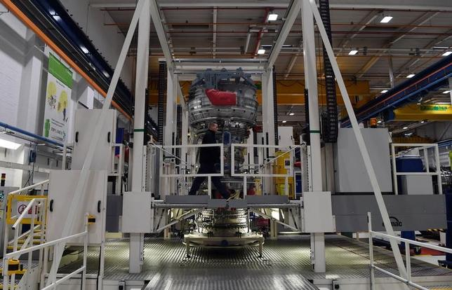 Rolls Royce Trent XWB engines, designed specifically for the Airbus A350 family of aircraft, are seen on the assembly line at the Rolls Royce factory in Derby, November 30, 2016.  REUTERS/Paul Ellis/Pool