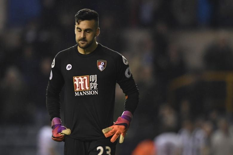 Britain Football Soccer - Millwall v AFC Bournemouth - FA Cup Third Round - The New Den - 7/1/17 Bournemouth's Adam Federici  looks dejected  Action Images via Reuters / Tony O'Brien Livepic