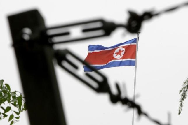 2月13日、韓国軍は、北朝鮮が12日に発射したミサイルについて、圧縮ガスによってミサイルを射出した後でロケットエンジンに点火する「コールドローンチ」と呼ばれる技術が利用されたとの見方を示した。写真は北京で2010年5月撮影(2017年 ロイター/Jason Lee)