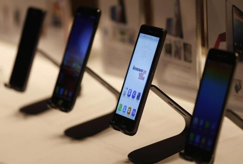 Lenovo smartphones are displayed during a news conference announcing the company's annual results in Hong Kong May 21, 2014. REUTERS/Bobby Yip/Files