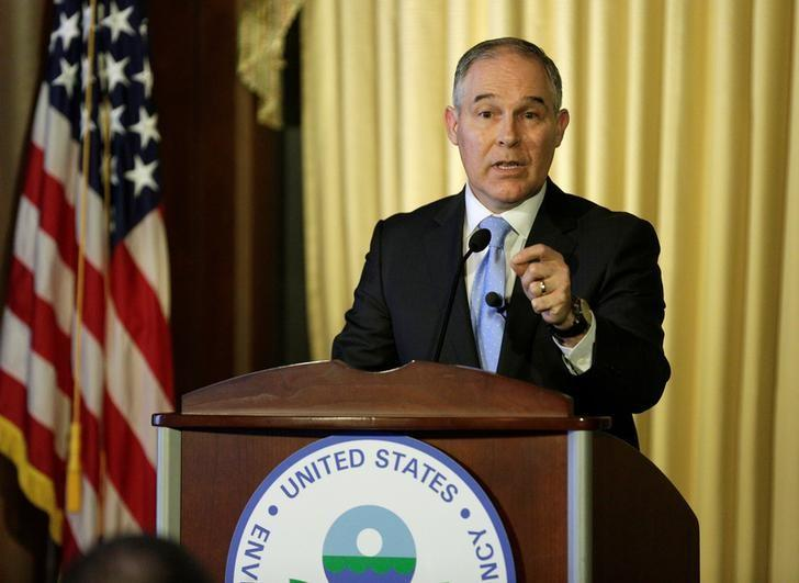 Scott Pruitt, administrator of the Environmental Protection Agency (EPA), speaks to employees of the Agency in Washington, U.S., February 21, 2017.      REUTERS/Joshua Roberts -