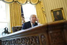 Trump em entrevista à Reuters na Casa Branca.  23/2/2017. REUTERS/Jonathan Ernst