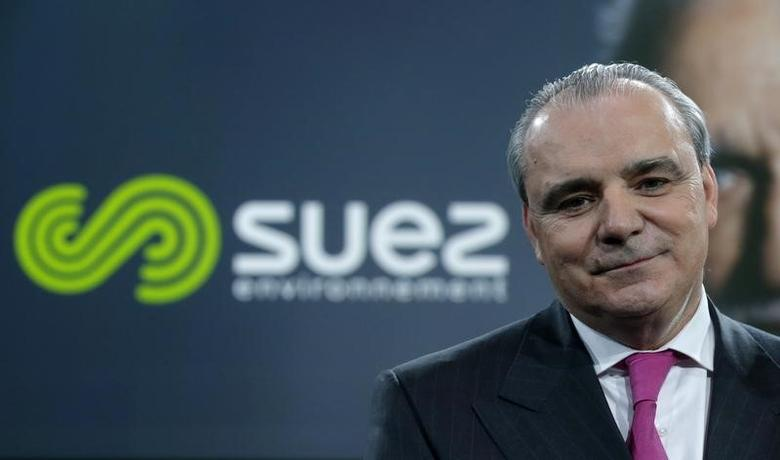 Jean-Louis Chaussade, Chief Executive Officer of French waste and water company Suez Environnement, poses after the presentation of the new company logo in Paris, March 12, 2015.  REUTERS/Christian Hartmann