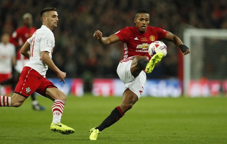 Britain Soccer Football - Southampton v Manchester United - EFL Cup Final - Wembley Stadium - 26/2/17 Manchester United's Antonio Valencia in action with Southampton's Dusan Tadic  Action Images via Reuters / John Sibley Livepic