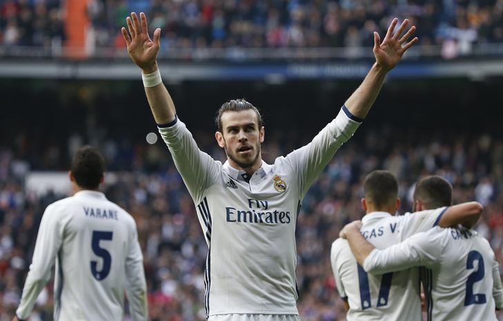Football Soccer - Real Madrid v Espanyol - Spanish La Liga Santander - Santiago Bernabeu stadium, Madrid, Spain - 18/02/17 - Real Madrid's Gareth Bale celebrates after scoring against Espanyol.  REUTERS/Javier Barbancho/Files