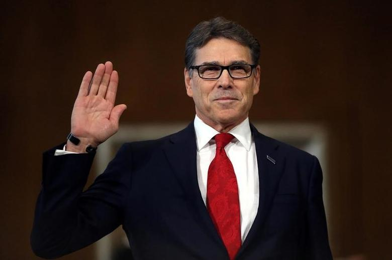 Former Texas Governor Rick Perry is sworn in  before testifying at a Senate Energy and Natural Resources Committee hearing on his nomination to be Energy secretary on Capitol Hill in Washington, U.S., January 19, 2017.  REUTERS/Carlos Barria