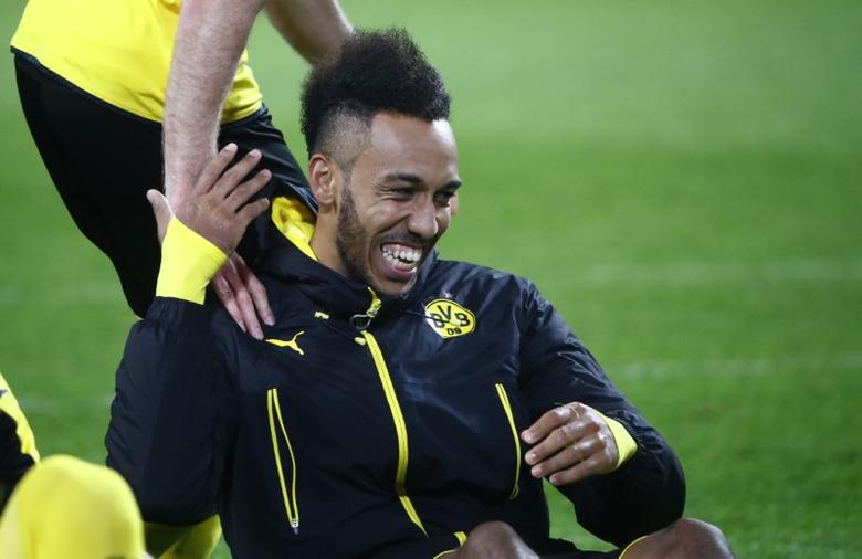 Football Soccer - Borussia Dortmund v Benfica - UEFA Champions League Round of 16 Second Leg - Signal Iduna Park, Dortmund, Germany - 8/3/17 Borussia Dortmund's Pierre-Emerick Aubameyang celebrates after the game  Reuters / Wolfgang Rattay Livepic