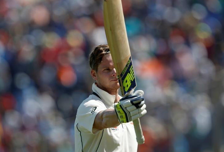 Cricket - India v Australia - First Test cricket match - Maharashtra Cricket Association Stadium, Pune, India - 25/02/17. Australia's captain Steve Smith acknowledges the crowd as he walks off the ground after being dismissed. REUTERS/Danish Siddiqui