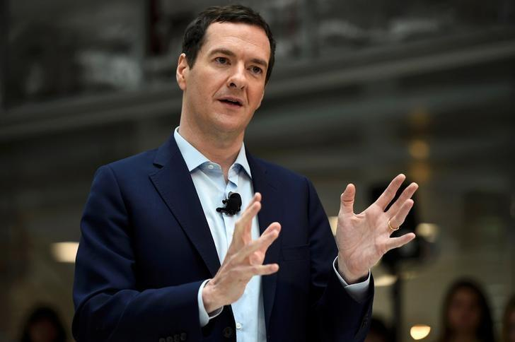 Britain's Chancellor of the Exchequer George Osborne speaks at a Remain in the EU campaign event at JP Morgan's corporate centre in Bournemouth, southern Britain, June 3, 2016. REUTERS/Dylan Martinez/Files