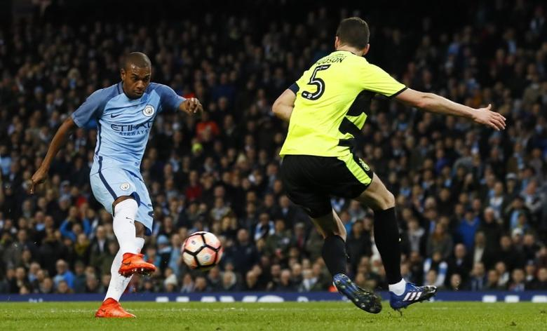 Manchester City v Huddersfield Town - FA Cup Fifth Round Replay - Etihad Stadium - 1/3/17 Manchester City's Fernandinho misses a chance to score  Action Images via Reuters / Jason Cairnduff Livepic