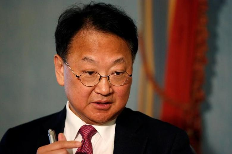South Korean Finance Minister Yoo Il-ho speaks during an interview in Manhattan, New York, U.S., January 11, 2017. REUTERS/Shannon Stapleton
