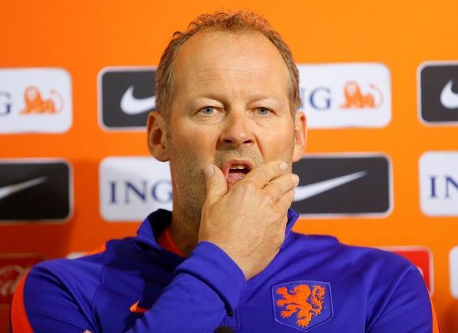 3月26日、オランダ・サッカー協会(KNVB)は同代表のダニー・ブリント監督(写真)の解任を発表した。2018年ワールドカップ(W杯)ロシア大会欧州予選で予選敗退の危機に瀕しているため。24日撮影(2017年 ロイター/Laszlo Balogh)