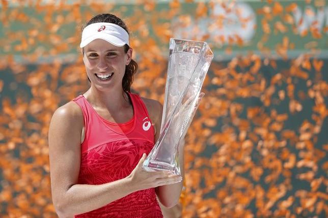 4月1日、テニスのマイアミ・オープン、女子シングルス決勝、第10シードのジョアンナ・コンタ(写真)が第12シードのキャロライン・ウォズニアッキを6─4、6─3で下して同大会初優勝を果たした(2017年 ロイター/Geoff Burke-USA TODAY Sports)
