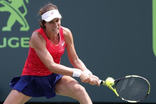 4月3日、女子テニスの世界ランク7位、ジョアンナ・コンタは、右肩のけがでボルボカー・オープン(3日開幕、米サウスカロライナ州チャールストン)を欠場すると明かした。米フロリダ州キービスケーンで1日撮影(2017年 ロイター/Geoff Burke-USA TODAY Sports)