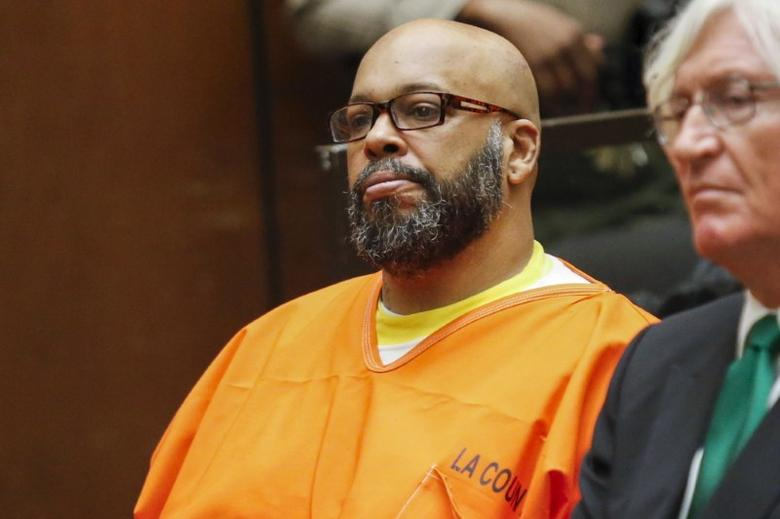 Defendant Marion ''Suge'' Knight attends a hearing with attorney Thomas Mesereau in his murder case in Los Angeles, California in this July 7, 2015, file photo.  REUTERS/Patrick T. Fallon/Files