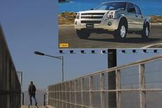 Imagen de archivo de un anuncio publicitario de una camioneta Chevrolet en Santiago, jun 1, 2009. La venta de vehículos livianos y medianos en Chile subió un 15,2 por ciento en el primer trimestre, dijo el viernes el gremio del sector, impulsada por un fuerte repunte en marzo ante expectativas de cambios normativos.  REUTERS/Ivan Alvarado