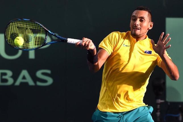 4月7日、男子テニスの国別対抗戦、デビス杯ワールドグループ準々決勝、オーストラリアは米国を2勝0敗とリードした。写真はオーストラリアのニック・キリオス(2017年 ロイター/Steve Holland)
