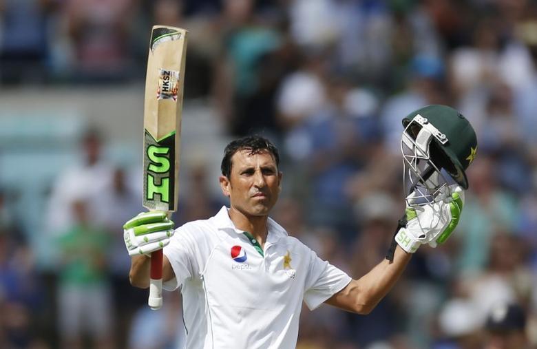 FILE PHOTO: Britain Cricket - England v Pakistan - Fourth Test - Kia Oval - 13/8/16Pakistan's Younis Khan celebrates his double centuryAction Images via Reuters / Paul ChildsLivepic