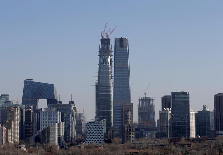 2016年12月22日,北京CBD楼群。REUTERS/Jason Lee