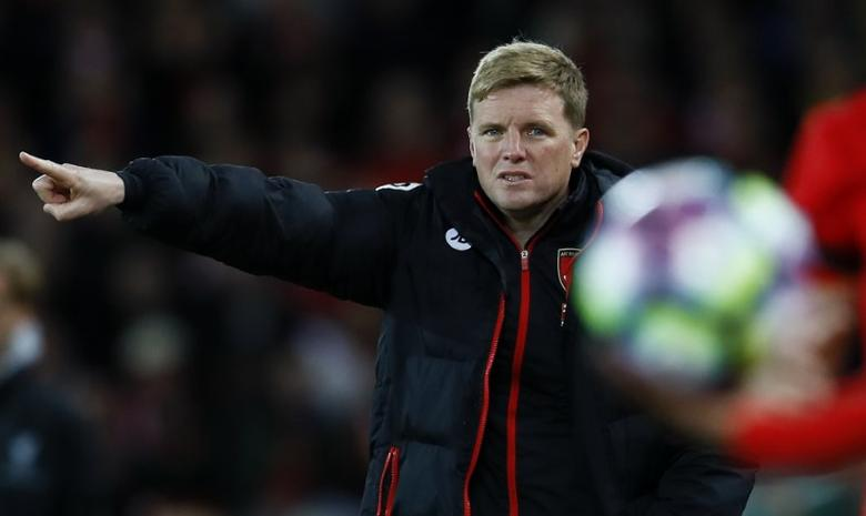 Britain Soccer Football - Liverpool v AFC Bournemouth - Premier League - Anfield - 5/4/17 Bournemouth manager Eddie Howe gestures  Action Images via Reuters / Jason Cairnduff Livepic
