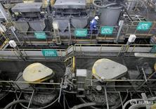 Imagen de archivo de procesadora de cobre, zinc y plomo en la mina peruana de Cerro Lindo, junto a la localidad de Chincha. La producción de cobre de Perú, la segunda mayor a nivel global, creció un 5,42 por ciento interanual en febrero, su menor ritmo en dos años, dijo el sábado el Gobierno, en momentos que el país era afectado por graves inundaciones. 19 febrero 2008.  REUTERS/Mariana Bazo