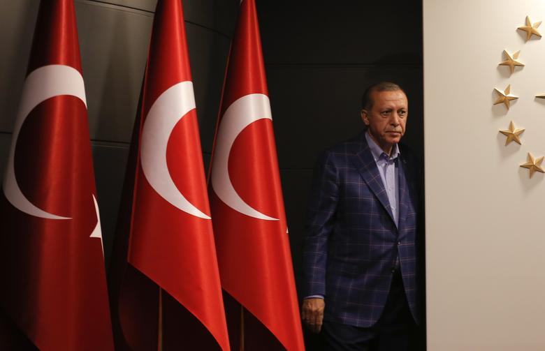 Turkish President Tayyip Erdogan arrives for a press conference in Istanbul, Turkey, April 16, 2017. REUTERS/Murad Sezer