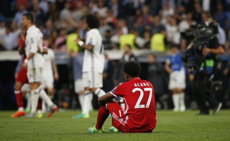 Football Soccer - Real Madrid v Bayern Munich - UEFA Champions League Quarter Final Second Leg - Estadio Santiago Bernabeu, Madrid, Spain - 18/4/17 Bayern Munich's David Alaba looks dejected after the match   Reuters / Susana Vera Livepic