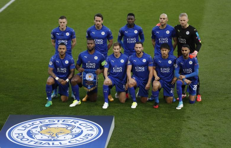 Britain Football Soccer - Leicester City v Atletico Madrid - UEFA Champions League Quarter Final Second Leg - King Power Stadium, Leicester, England - 18/4/17 Leicester City team group before the match  Action Images via Reuters / Carl Recine Livepic