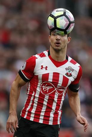 Britain Soccer Football - Southampton v AFC Bournemouth - Premier League - St Mary's Stadium - 1/4/17 Southampton's Cedric Soares in action Action Images via Reuters / John Sibley Livepic