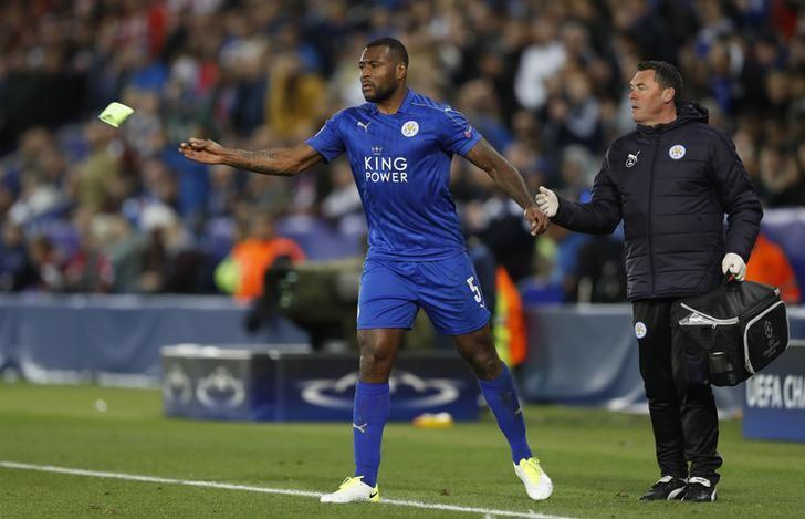 Britain Football Soccer - Leicester City v Atletico Madrid - UEFA Champions League Quarter Final Second Leg - King Power Stadium, Leicester, England - 18/4/17 Leicester City's Wes Morgan goes off injured Action Images via Reuters / Carl Recine Livepic/Files