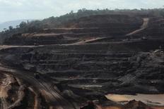La mina Ferro Carajás, de Vale en pará, Brasil. 29/05/2012La minera brasileña Vale tuvo una ganancia en el primer trimestre inferior a lo previsto ante gastos financieros más altos y una desaceleración en la producción, informó el jueves en un comunicado al regulador local la mayor productora del mundo de mineral de hierro.  REUTERS/Lunae Parracho