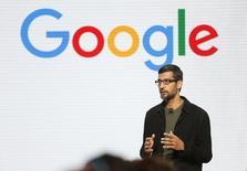 Sundar Pichai, el presidente ejecutivo de Google, habla durante la presentación de un nuevo hardware de Google en San Francisco, California, EEUU, 4 de octubre de 2016.   REUTERS/Beck Diefenbach