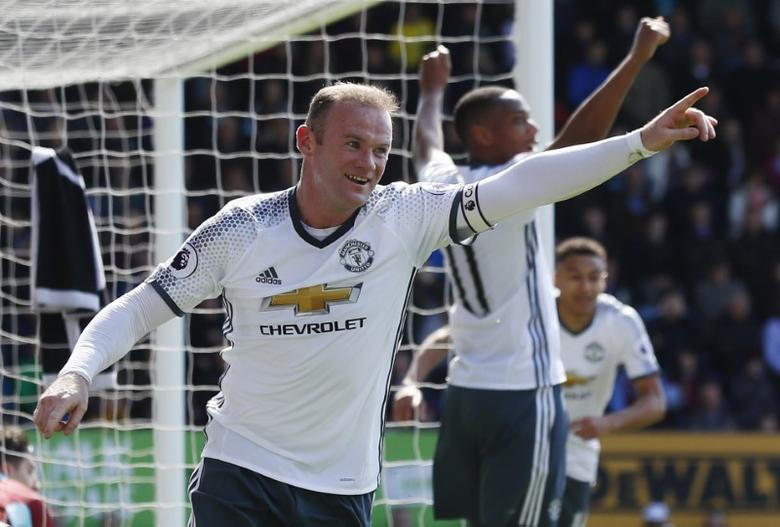 Britain Football Soccer - Burnley v Manchester United - Premier League - Turf Moor - 23/4/17 Manchester United's Wayne Rooney celebrates scoring their second goal Action Images via Reuters / Jason Cairnduff/ Livepic/Files