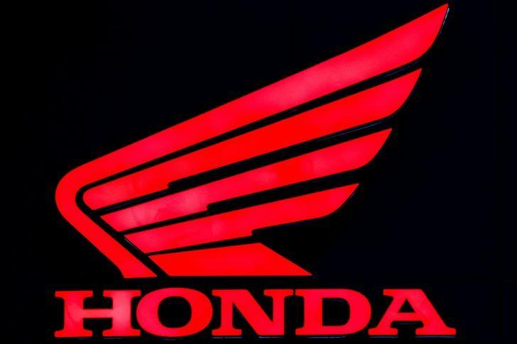 The logo of Honda is pictured at the 38th Bangkok International Motor Show in Bangkok, Thailand March 28, 2017. REUTERS/Athit Perawongmetha/Files