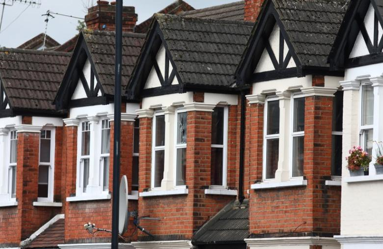 Terraced housing is seen in Harlesden Road, north London April 28, 2017. RETUERS/Neil Hall