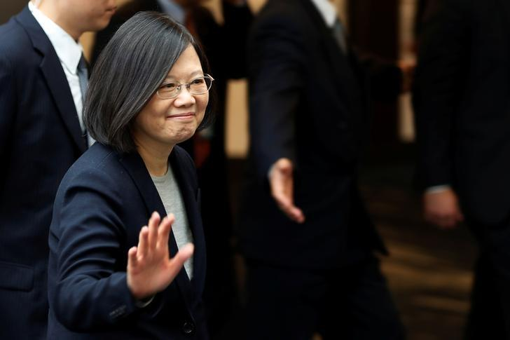 Taiwan President Tsai Ing-wen leaves a luncheon during a stop-over after her visit to Latin America in Burlingame, California, U.S., January 14, 2017. REUTERS/Stephen Lam/Files