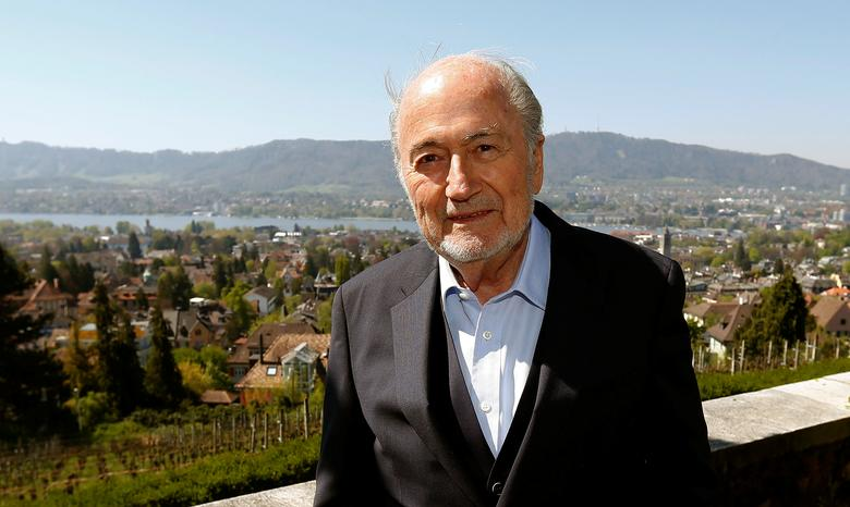 Former FIFA President Sepp Blatter poses for photographers after an interview at the terrace of the restaurant Sonnenberg in Zurich, Switzerland April 21, 2017.  REUTERS/Arnd Wiegmann