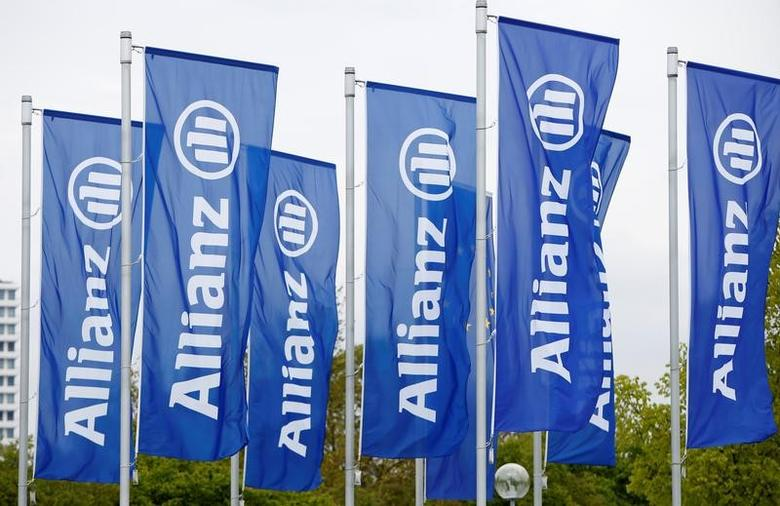 Flags with the logo of Allianz SE, Europe's biggest insurer, are pictured before the company's annual shareholders' meeting in Munich, Germany May 3, 2017. REUTERS/Michaela Rehle
