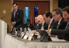 Puerto Rico's Governor Ricardo Rossello (L) addresses the audience during a meeting of the Financial Oversight and Management Board for Puerto Rico at the Convention Center in San Juan, Puerto Rico March 31, 2017. Picture taken March 31, 2017. REUTERS/Alvin Baez - RTX356BC