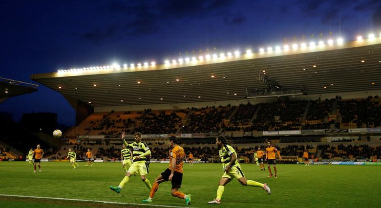 Britain Football Soccer - Wolverhampton Wanderers v Huddersfield Town - Sky Bet Championship - Molineux - 25/4/17General view during the matchMandatory Credit: Action Images / Andrew Couldridge