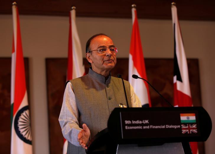 Finance Minister Arun Jaitley speaks during a joint news conference with Britain's Chancellor of the Exchequer Philip Hammond in New Delhi, April 4, 2017. REUTERS/Altaf Hussain/FIles