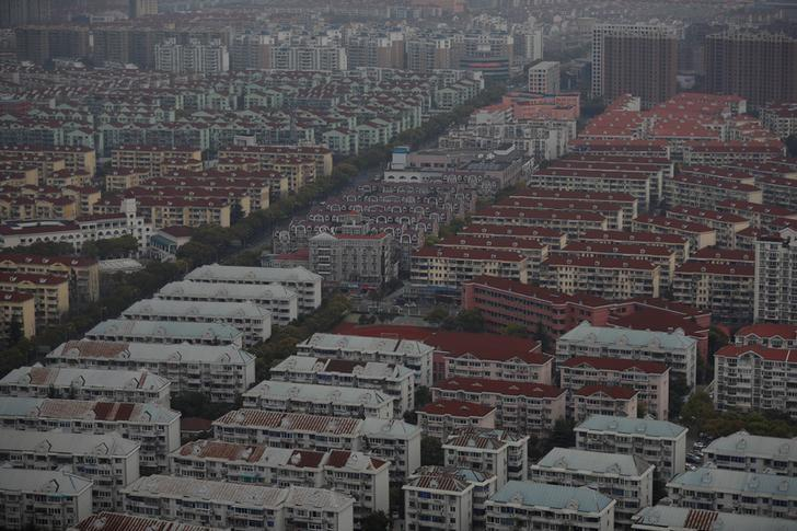 A general view shows a residential area of Pudong district in Shanghai, China April 4, 2017. REUTERS/Aly Song
