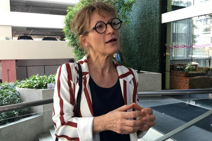 Agnes Callamard, U.N. Special Rapporteur on Extra-Judicial summary or arbitrary Executions, speaks with reporters in Bangkok February 8, 2017. REUTERS/Andrew Marshall/Files