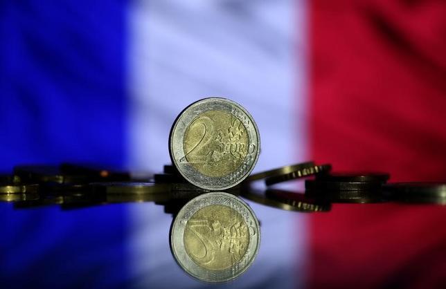 5月9日、フランス銀行(中央銀行)は、第2・四半期の国内総生産(GDP)伸び率が0.5%になるとの予想を示した。中銀が発表した4月の製造業部門の信頼感指数は104となり、3月の103から上昇した。写真は7日撮影(2017年 ロイター/Dado Ruvic)