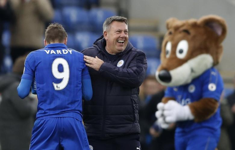 Britain Soccer Football - Leicester City v Watford - Premier League - King Power Stadium - 6/5/17 Leicester City manager Craig Shakespeare celebrates after the match with Jamie Vardy Action Images via Reuters / Carl Recine Livepic